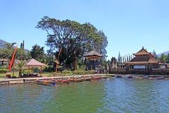 湖Beratan在Bedugul -巴厘岛015 免版税库存照片