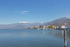 湖Iseo在伦巴第,意大利 库存照片