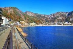 湖kawacuchiko,日本,亚洲 免版税库存图片