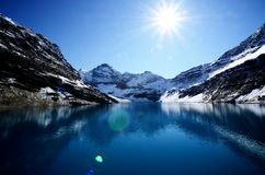 湖McArthur,加拿大人罗基斯,加拿大 免版税库存照片