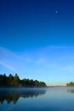 湖muskoka日出 库存照片