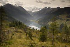湖Speicher Durlassboden奥地利 免版税库存照片