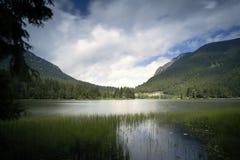 湖Spitzingsee在巴伐利亚,德国 免版税库存图片
