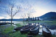 湖Tamblingan,巴厘岛,印度尼西亚 免版税库存图片