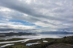 从湖Thingvallavatn的横向在冰岛 免版税库存图片