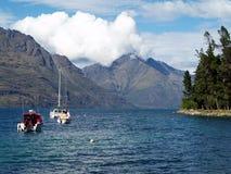 湖Wakatipu, Queenstown,新西兰 免版税库存照片