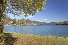 湖Walchensee在南德国 免版税图库摄影