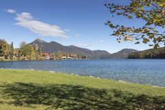 湖Walchensee在南德国 图库摄影