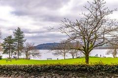 湖windermere看法从ambleside的湖区, Cumbria,英国 免版税库存照片