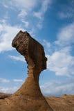 湾里区、新北市、台湾Yehliu Geopark和女王/王后的顶头岩石风景 库存照片