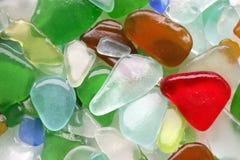湿玻璃的石头 免版税库存照片