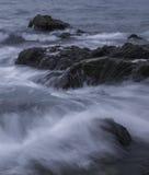 湿的岩石 免版税图库摄影