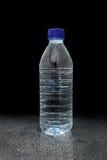 湿的瓶 免版税库存图片