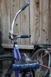 湿自行车 库存图片