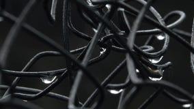 湿铁丝网 影视素材