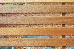 湿长凳 库存图片