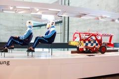 崩溃测试sistem在奔驰车博物馆 图库摄影
