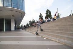 溜冰者男孩在伯萨,土耳其 免版税库存图片