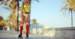 溜冰鞋女孩性感的射击  影视素材