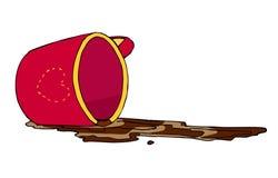 溢出的咖啡和被倒置的红色杯子 免版税库存照片