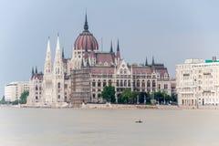 溢出的多瑙河在布达佩斯 库存图片