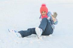 滑冰愉快的女孩 免版税库存图片