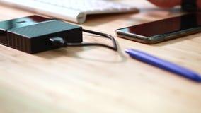 滑办公室项目位差录影在书桌上的 影视素材