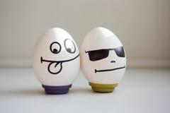滑稽和滑稽的鸡蛋 两个鸡蛋为万圣夜 库存图片