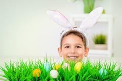 滑稽的儿童兔宝宝 库存图片