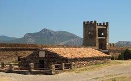 滑稽的城堡sudak 免版税图库摄影