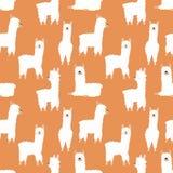 滑稽的手拉的白色骆马或羊魄的无缝的样式在橙色背景 孩子的例证,室,纺织品,分类 皇族释放例证