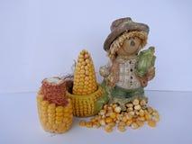 滑稽的装饰的图用玉米,被隔绝在白色背景 免版税图库摄影