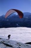 滑翔伞开始 免版税图库摄影