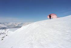 滑翔伞开始 免版税库存图片