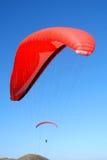 滑翔伞红色 库存照片