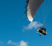 滑翔伞纵排 图库摄影