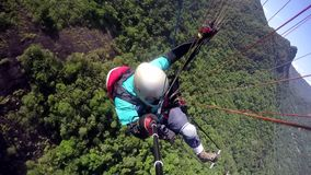 滑翔伞飞行员,物理被妨碍 股票录像