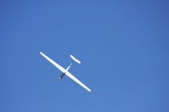 滑翔机小的白色 免版税库存图片
