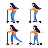 滑行车的女孩 有长发乘驾的年轻女人在明亮的滑行车 皇族释放例证