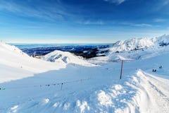 滑雪倾斜早晨foto在高Tatras的 库存图片