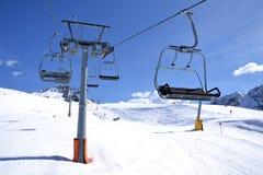 滑雪升降椅 库存图片
