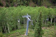 滑雪电缆车 图库摄影