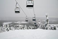 滑雪电缆车 库存照片