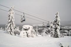 滑雪电缆车 库存图片