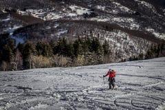 滑雪登山 库存图片