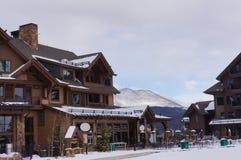 滑雪胜地小屋 库存照片
