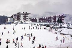 滑雪胜地的旅馆 库存图片