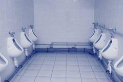 滚保龄球洗手间 免版税库存照片