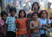 漂亮的孩子坏的重点微笑甜点 免版税库存照片
