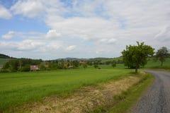 漂泊森林风景的,捷克,欧洲典型的乡村 库存图片